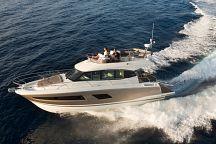 Зрелищное яхт-шоу в клубе Ocean Marina