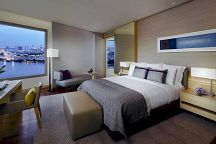 Отель Avani Riverside Bangkok Hotel предоставит гостям смартфоны
