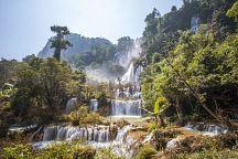 Самый высокий водопад Таиланда закрыли для туристов