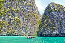 Туристам предложили места для поездок взамен бухты Майя Бэй