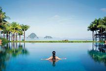 Новогодние подарки от отеля Phulay Bay, a Ritz-Carlton Reserve 5*
