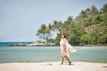 Бесплатный трансфер к пляжу от отеля Anantara Phuket Layan Resort & Spa